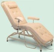 Cadeira para Hemodiálise e Coleta de Sangue Motorizada HM 2054 A