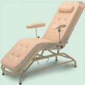 Cadeira para Hemodiálise e Coleta de Sangue HM 2054