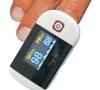 imagem de Oxímetro de pulso portátil de dedo com tela em LCD colorida e curva plestimográfica MD300D - Imftec