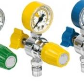 Válvulas reguladores Ar / O2 / N2O