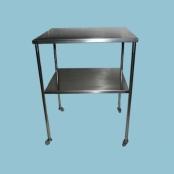 mesa auxiliar com prateleira