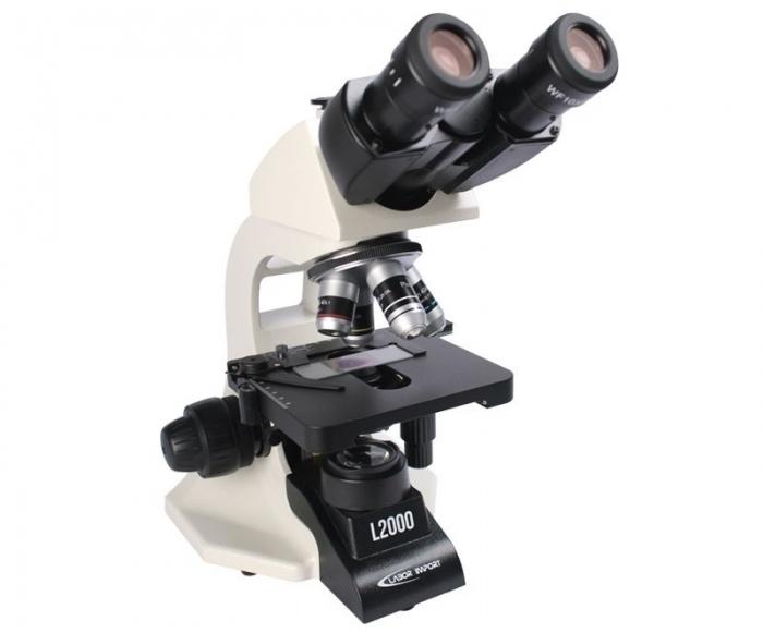 Microscópio Plano Trinocular L2000-T-PL
